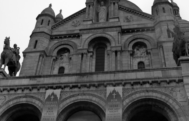 Cathedral Paris 120510 BW