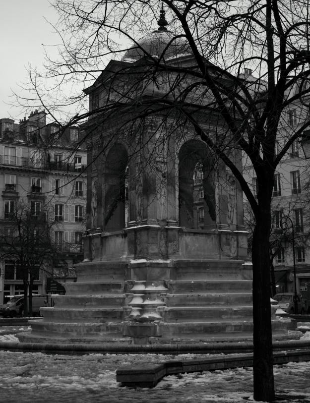 Downtown Paris 12-04-10
