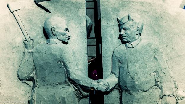RevereBeachSandSculpt072118-7